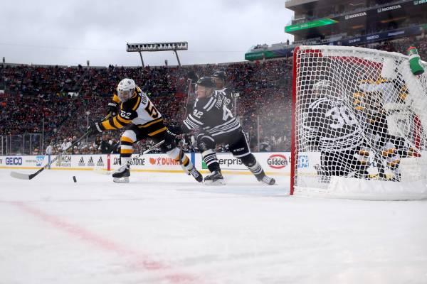 Зимняя классика» собрала 76 тыс зрителей! В США обожают новогодний хоккей, Спорт на БИЗНЕС Online