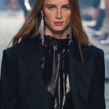 Модные серьги 2020: крупные, кольца, ракушки, кисти и перья, фото